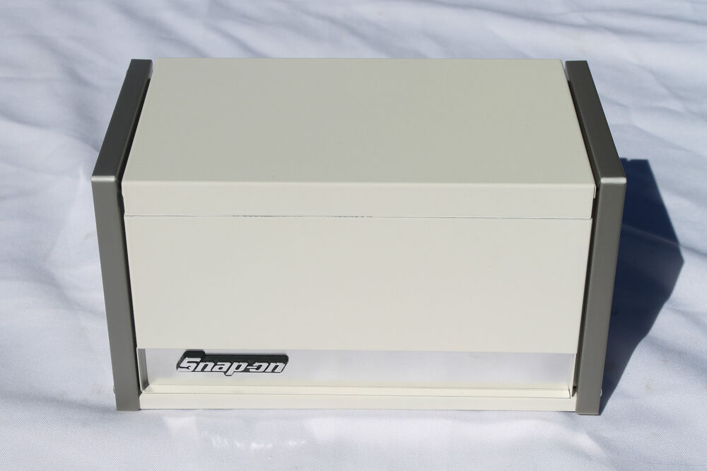 snap on white mini micro top chest tool box rare brand new ebay. Black Bedroom Furniture Sets. Home Design Ideas