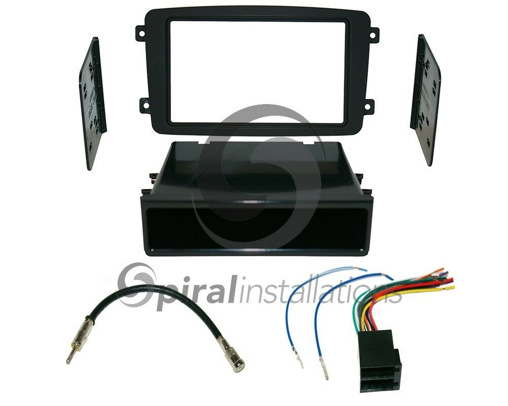 Mercedes benz c class 2001 2004 sd radio stereo for Mercedes benz stereo installation