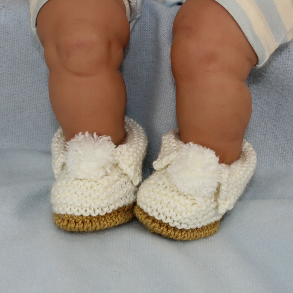 Knitting Pattern For Slippers Bootie : KNITTING INSTRUCTIONS-BABY SIMPLE BOBBLE SLIPPERS BOOTIES SHOES KNITTING PATT...