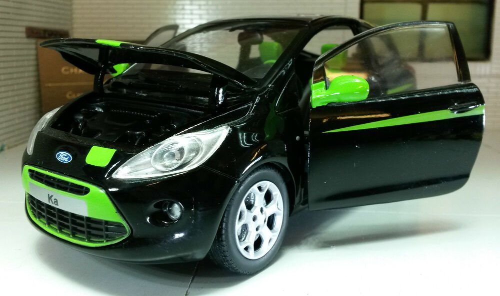 g lgb 1 24 scale 2009 ford ka grand prix 1 2 diecast model car motormax 73382 661732733828 ebay. Black Bedroom Furniture Sets. Home Design Ideas