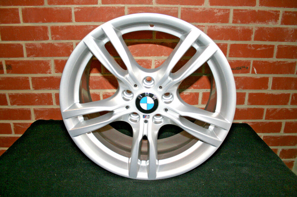 1 x genuine original bmw 3 4 series 18 alloy wheel 400m. Black Bedroom Furniture Sets. Home Design Ideas