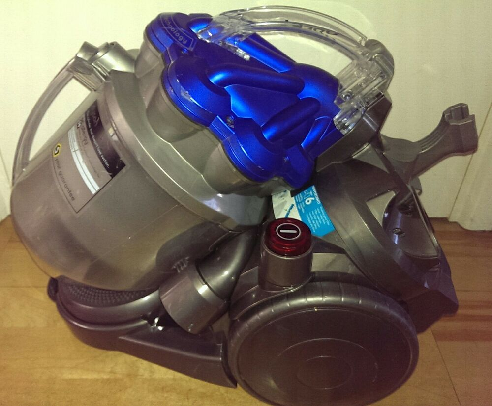 dyson dc19 allergy cylinder vacuum cleaner great for pet hair warranty ebay. Black Bedroom Furniture Sets. Home Design Ideas