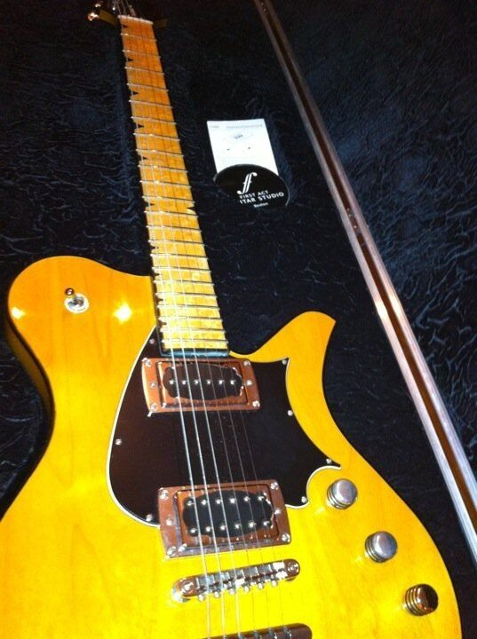 first act sheena prototype electric guitar first sheena ever made ebay. Black Bedroom Furniture Sets. Home Design Ideas