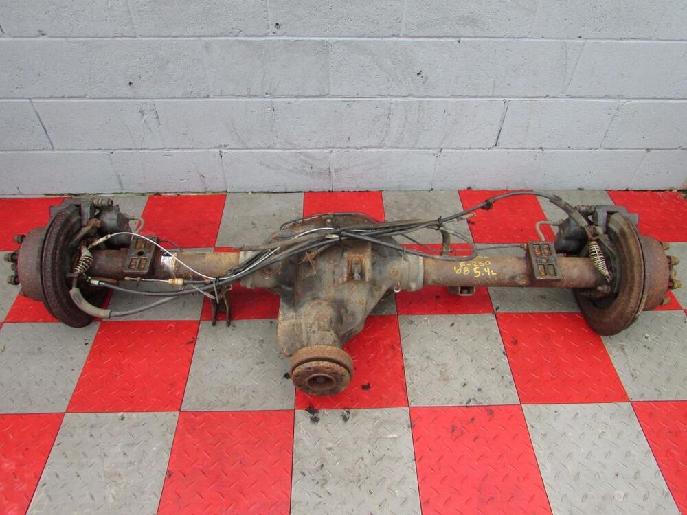 08 10 Ford F250 F350 5 4l Rear Axle Assembly Differential