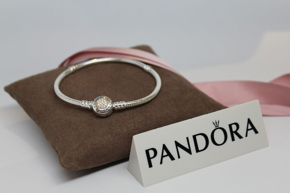 new pandora moments 2 tone signature clasp bracelet gift. Black Bedroom Furniture Sets. Home Design Ideas