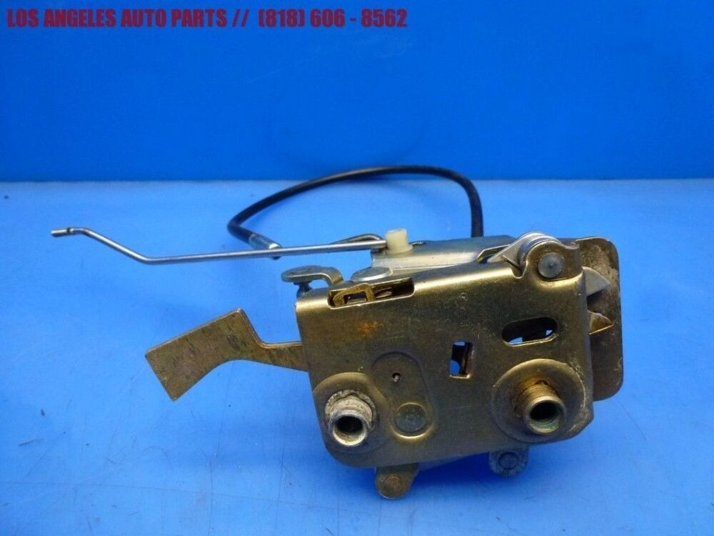 Porsche 944 968 924s Left Driver Side Door Lock Release