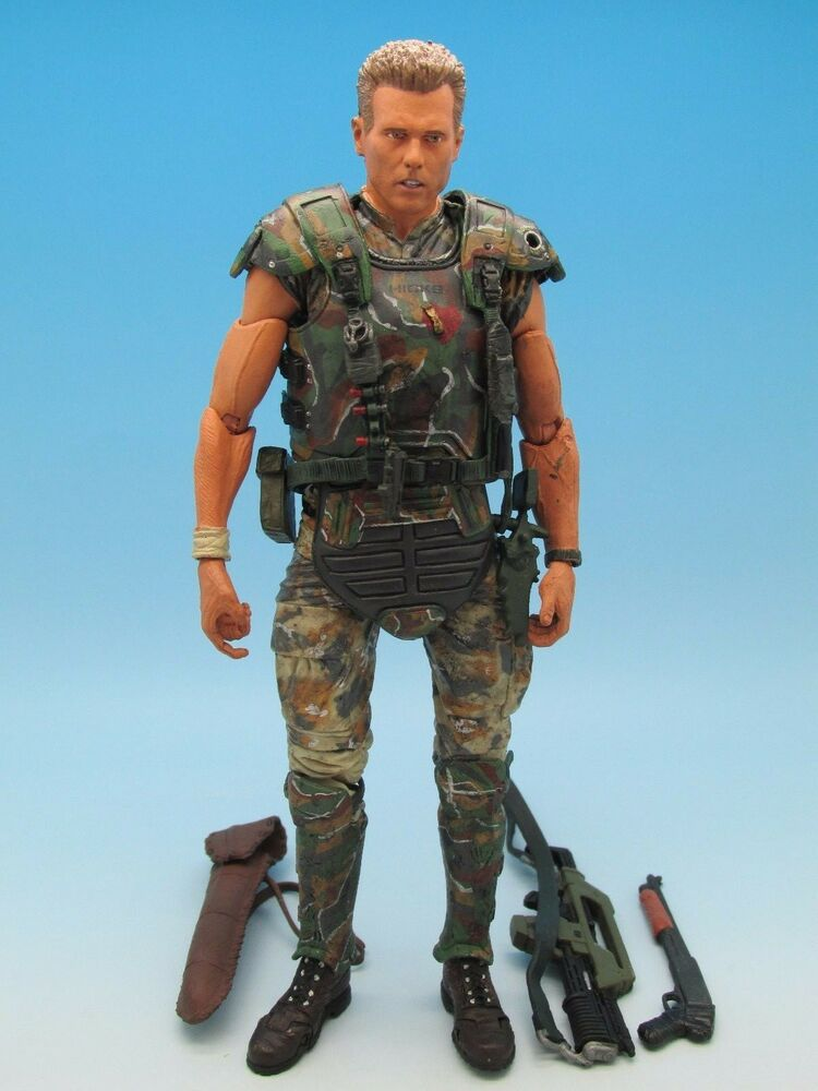Symbol Of The Brand Movie Maniacs Series & Aliens Colonial Marine Cpl Hicks Action Figure Carded Aliens, Avp