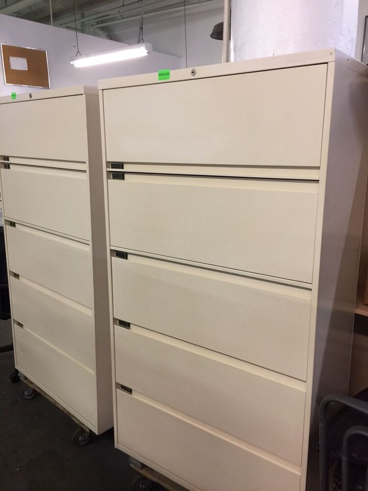 5 drawer 36 w lateral size file cabinet by steelcase 900 series w lock key ebay. Black Bedroom Furniture Sets. Home Design Ideas