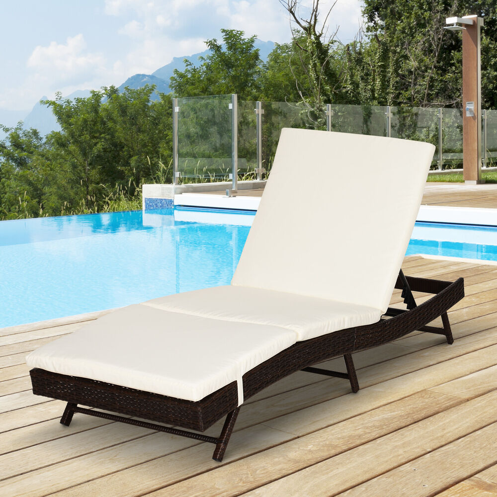 Outsunny Adjustable Pool Rattan Chaise Lounge Chair Patio ...