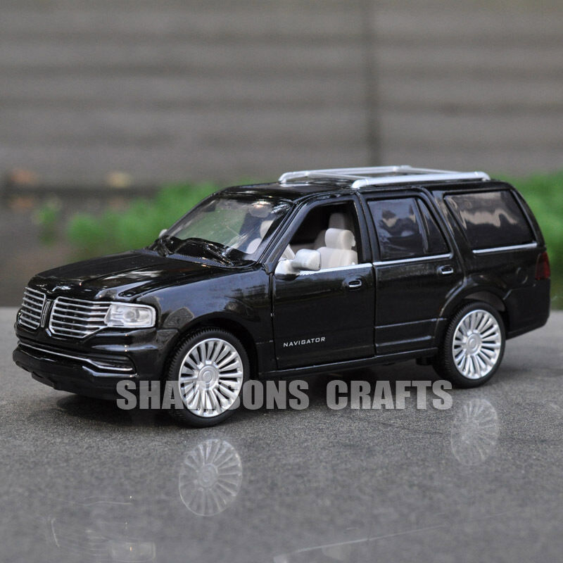 Suv Cars Page 7: 1:36 DIECAST MODEL TOYS PULL BACK CAR SUV LINCOLN