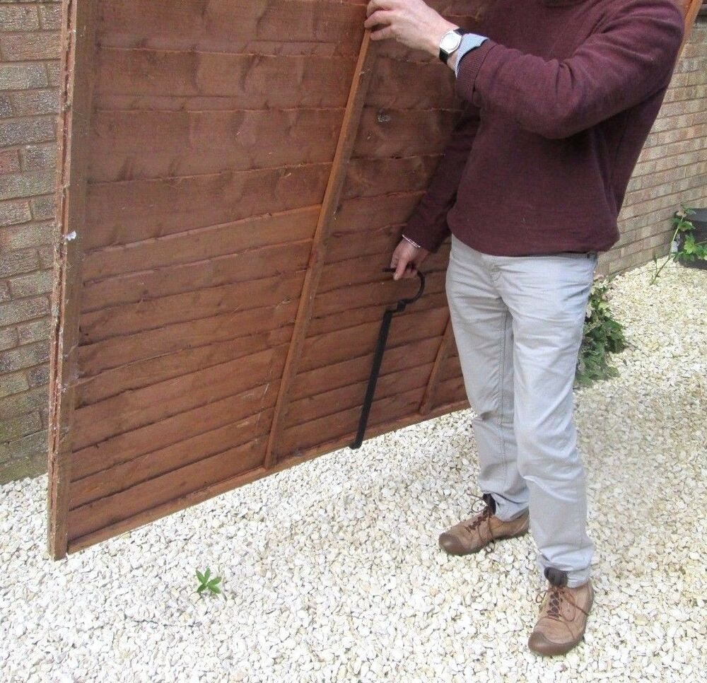 Carry Plywood Sheets Single Handed With A Quot Fencer S Mate