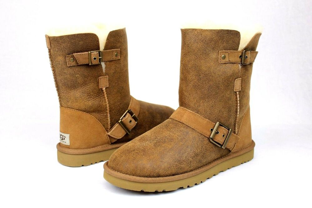 fb044bea45068 Details about UGG Classic Short Dylyn Bomber Jacket Leather Sheepskin  Chestnut Boot Size 6 US
