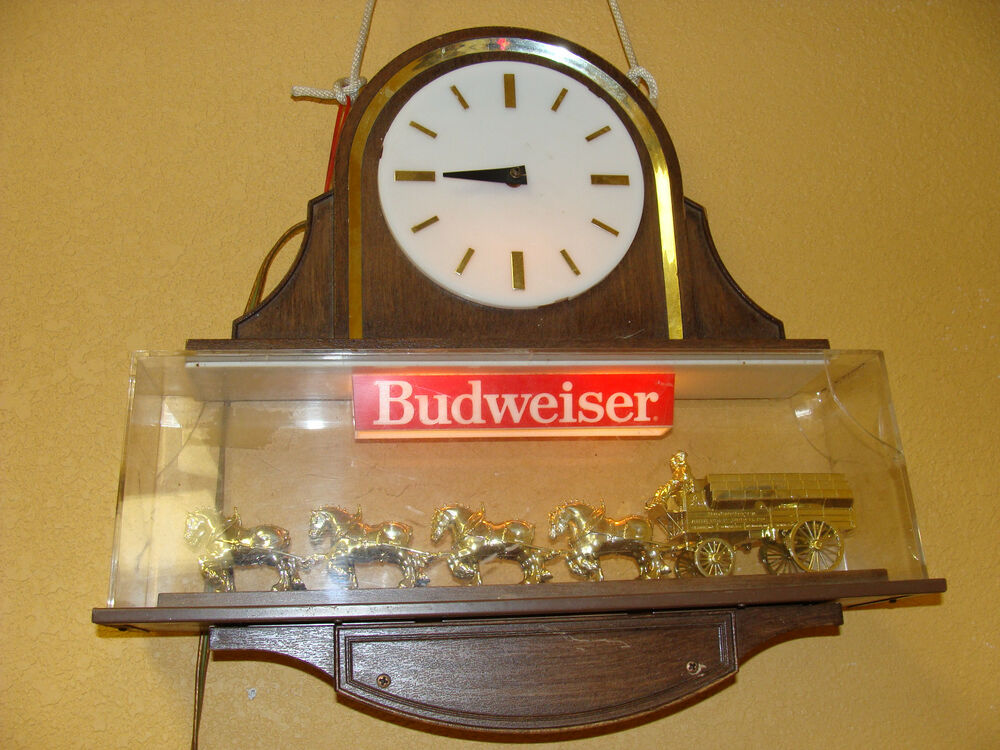 Vintage Budweiser Clydesdale Double Sided Beer Sign Clock