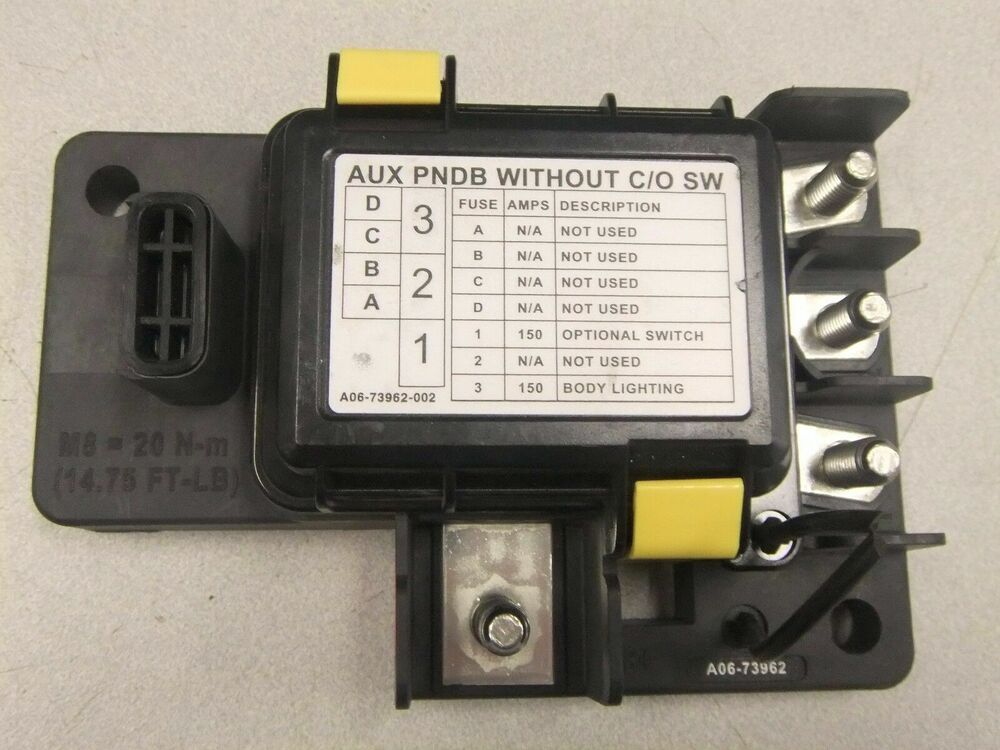 Freightliner Cascadia Aux Power Net Distribution Box  N  A06