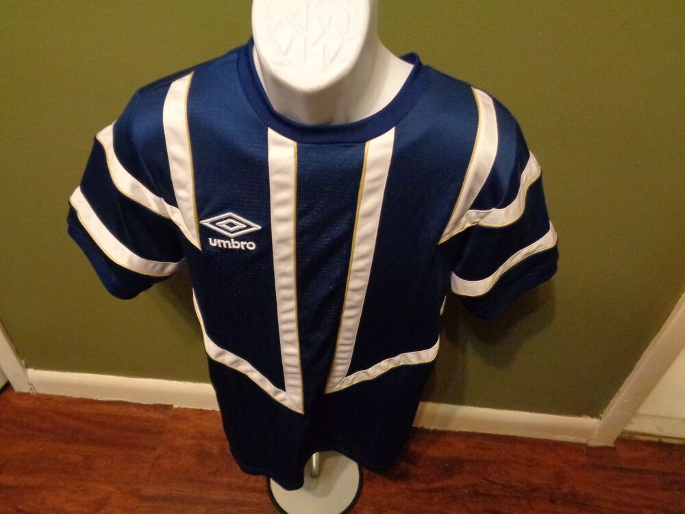 UMBRO Soccer Jersey BLUE AND WHITE SIZE ADULT MEDIUM  f87f54070