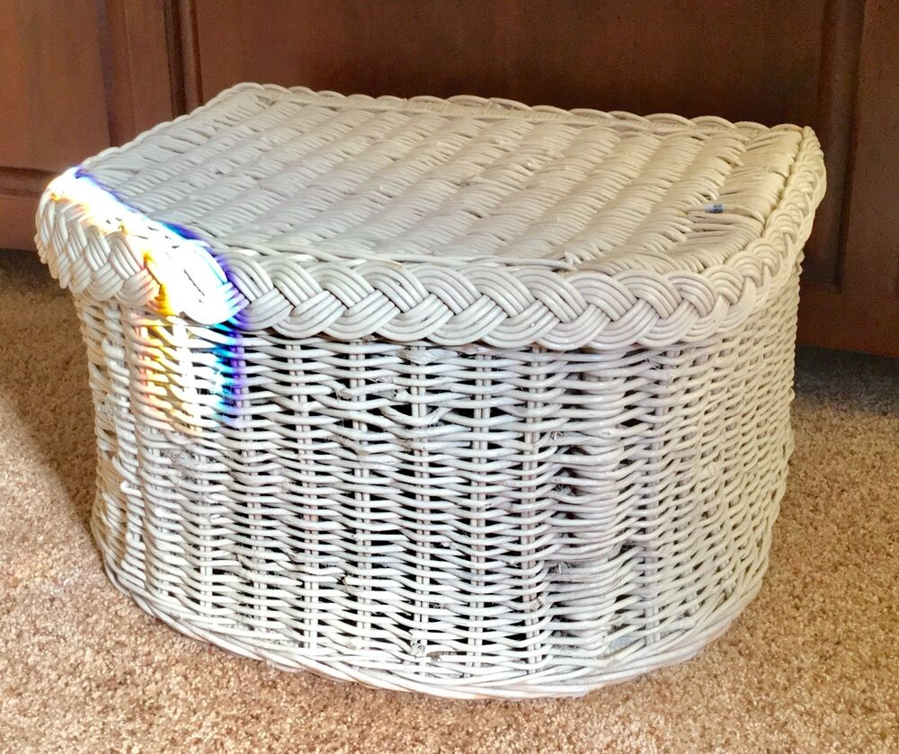Vintage White Wicker Side Table Footstool Ottoman Rounded Front 23