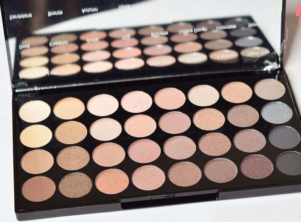 Details about MAKEUP REVOLUTION Ultra 32 Shade Eyeshadow Palette BEYOND FLAWLESS 32 PIECE