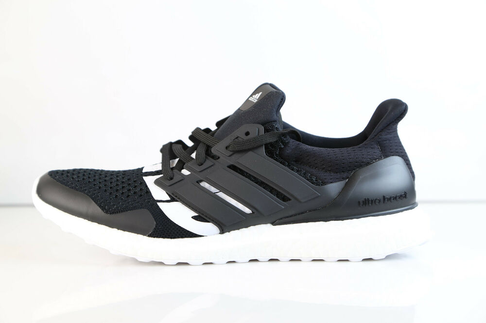 detailed look 3fce2 262b8 Details about Adidas Consortium Ultraboost Undefeated Black White PK B22480  8-12 undftd boost