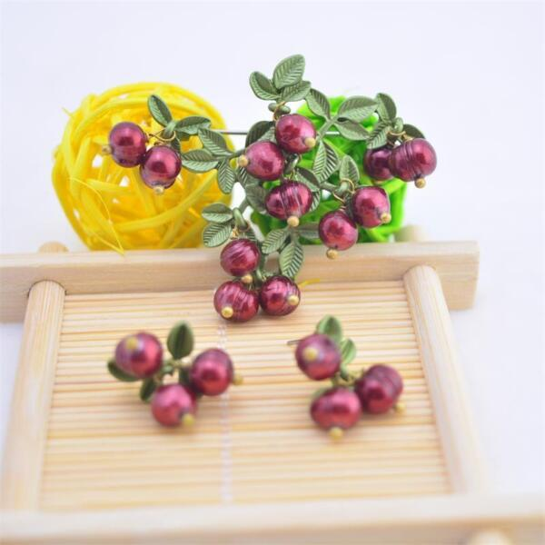 Fashion Cultured Freshwater Pearls Red Strawberry Pin Brooch or Earrings