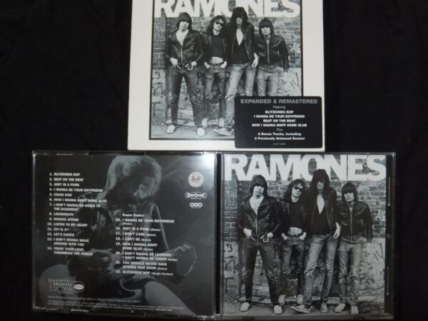 CD THE RAMONES / EXPANDED & REMASTERED /