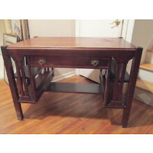 EARLY 1900'S ARTS & CRAFTS MISSION OAK WRITING DESK W/PARTIAL LABEL BEAR/GUARANT