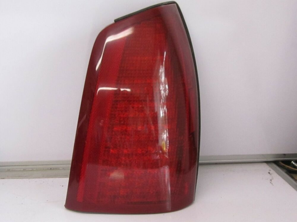 Details About 2000 2005 Cadillac Deville Penger Side Tail Light Embly Dev287
