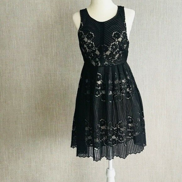 103ffd97717c54 Details about Free People Black Fit and Flare Sleeveless Lace Dress Size 4  Casual