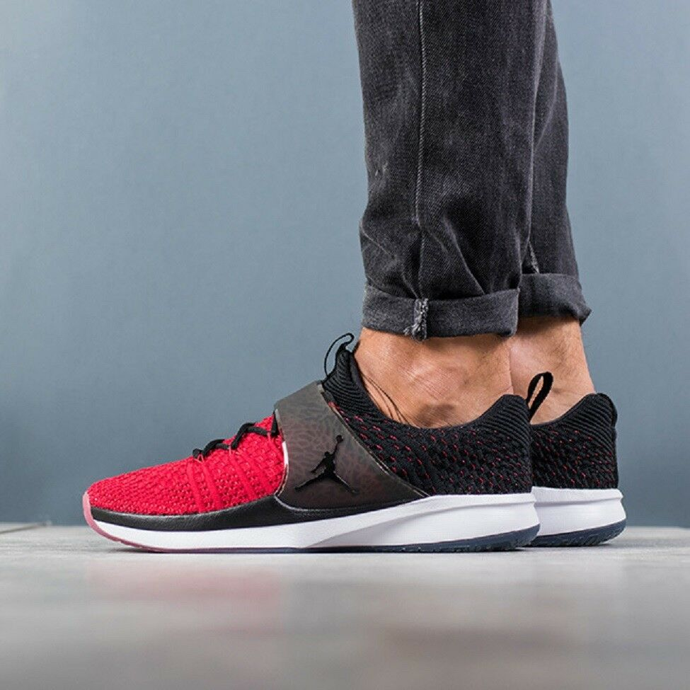 7be95a1aab5 Details about NIKE JORDAN TRAINER 2 FLYKNIT Trainers Gym Casual Fashion -  UK 7 (EUR 41) - Red