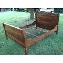 Antique 3/4 size Bed pine / poplar? with carvings