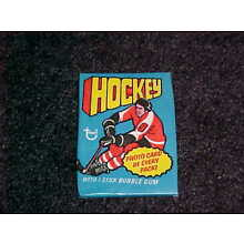 1976-77 Topps Unopened Hockey Wax. Packs were stored in damp conditions!
