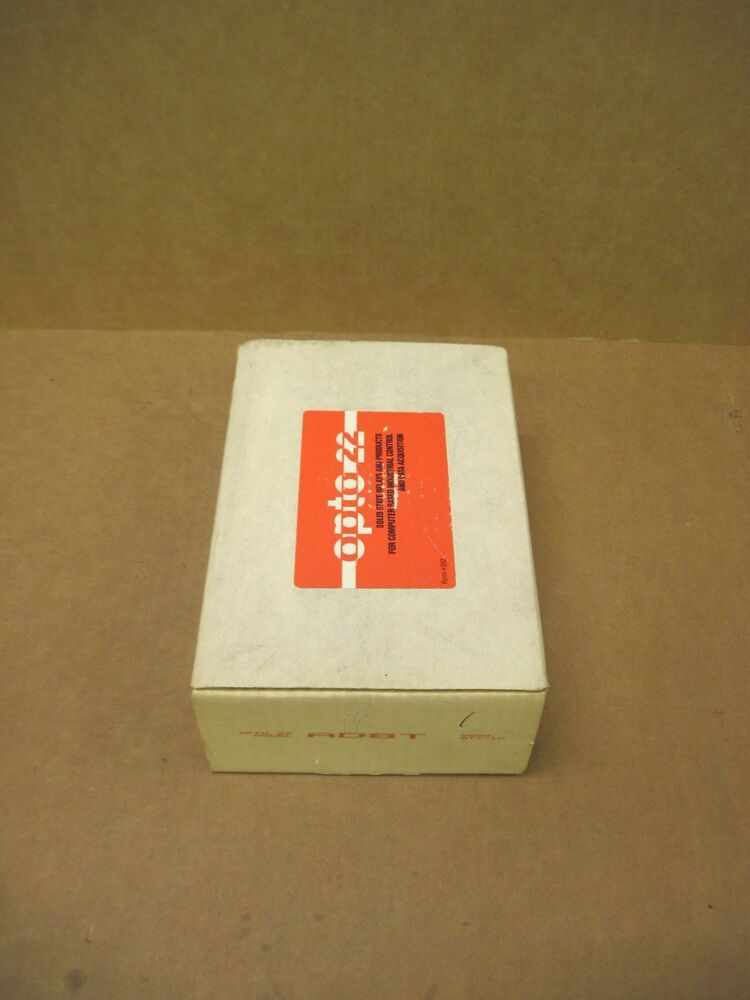 AD8T OPTO 22 AD8T NEW IN BOX