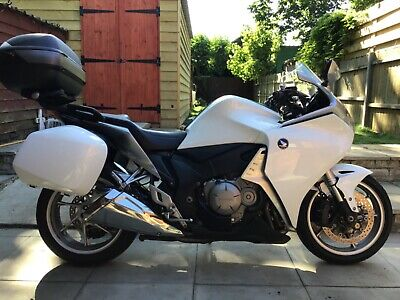 2010 HONDA VFR1200 ABS TOURING  **IMMACULATE CONDITION*LOW MILEAGE**