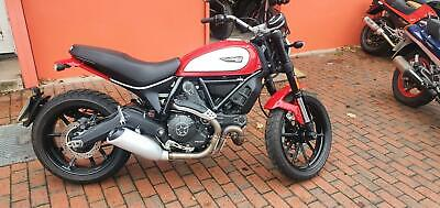 Ducati Scrambler 802 Icon 2017 Only 800 miles