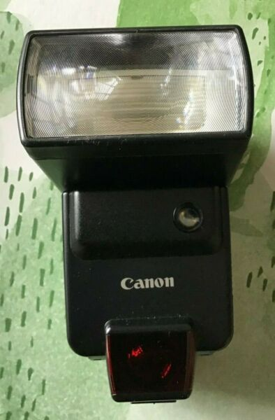 Canon 420 EX Speedlite Flashgun with soft storage case