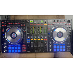 Pre-Owned Pioneer DDJ-SZ 4-channel controller for Serato DJ