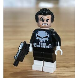 Brand New Lego Punisher Minifigure from Daily Bugle set 76178 ~ Comes as shown