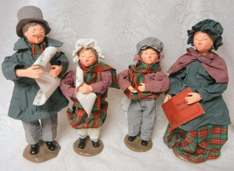 Christmas Holiday Adorable Caroler Figurines Set Winter