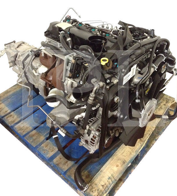LAND ROVER DEFENDER ENGINE AND 6 SPEED GEARBOX 3.2 TDCi