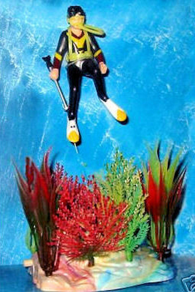 Suba diver action aerating aquarium decoration with plants for Aquarium scuba diver decoration