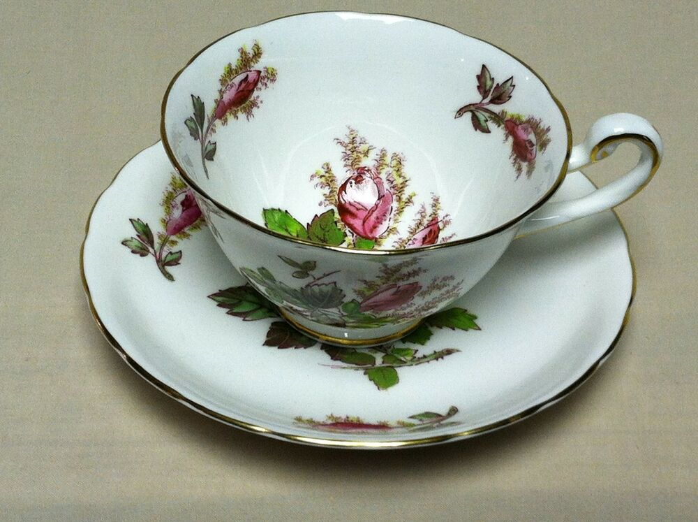 Royal Chelsea Quot Moss Rose Quot Tea Cup And Saucer English Bone