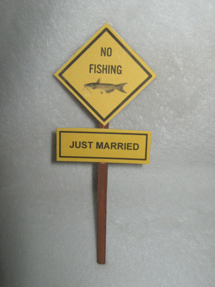 Weding Party Reception Redneck ~No Fishing Just Married~ Cake Topper ...