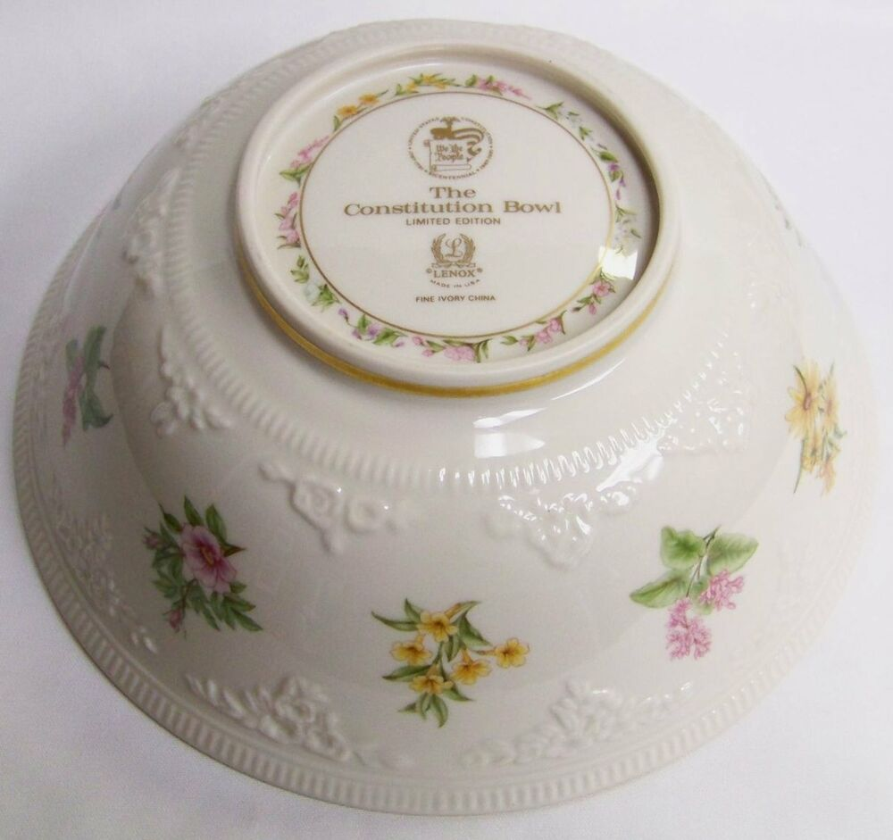 Lenox fine ivory china constitution pattern centerpiece or