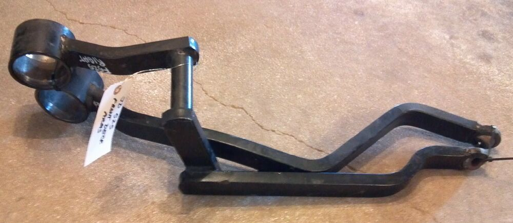 Pair Of Deck Lift Arms Off John Deere F525 Front Mount