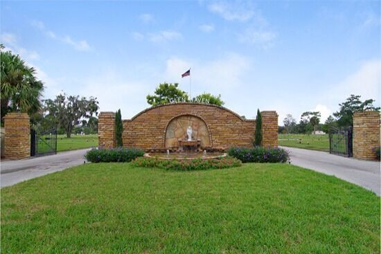 4 adjoining cemetery plots in florida glen haven memorial for Glen haven