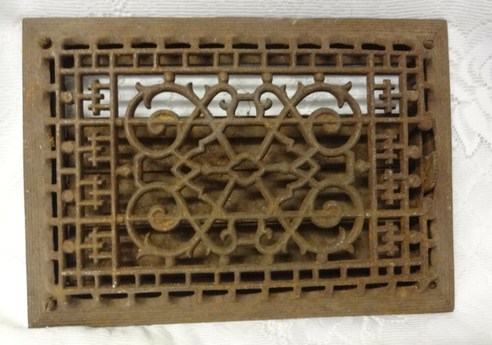 Vintage Ornate Heat Register Cast Iron Wall Floor Grate