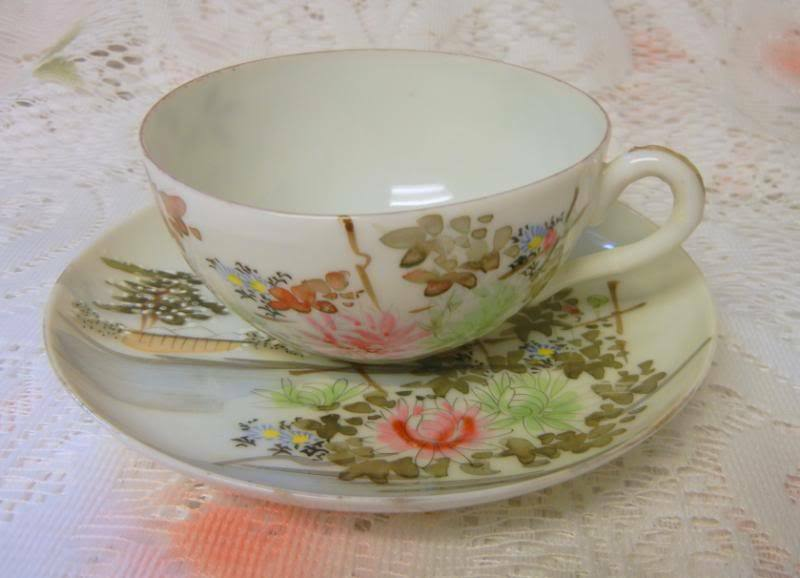 Vintage hand painted japanese saucer