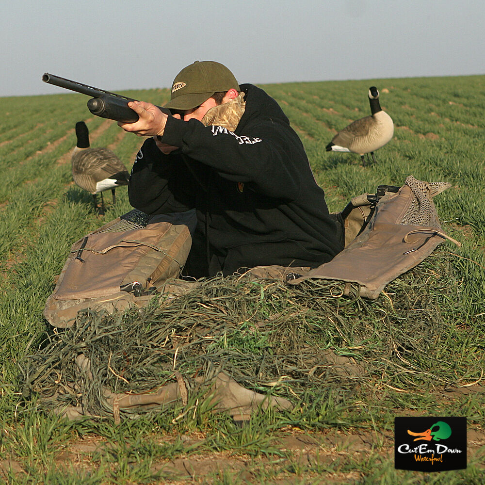 AVERY GREENHEAD GEAR KILLERWEED GOOSE LAYOUT BLIND KIT
