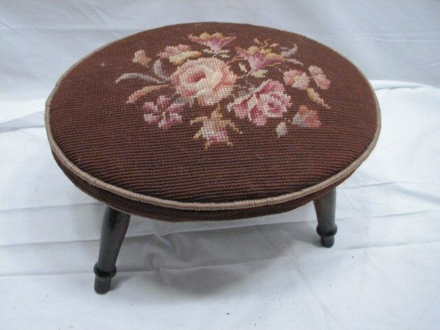 Early Oval Needlepoint Cross Stitch Top Foot Stool Bench