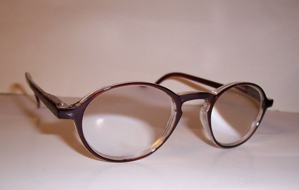 6 00 reading glasses lens magnified 600 w