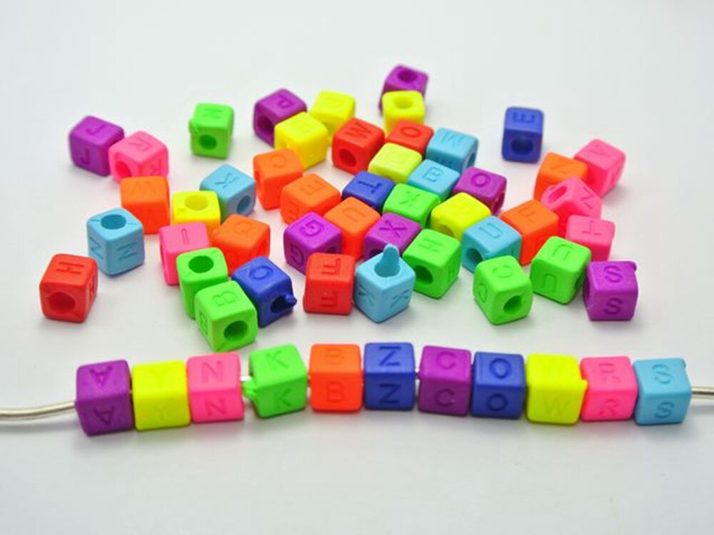 250 neon color acrylic assorted alphabet letter cube pony
